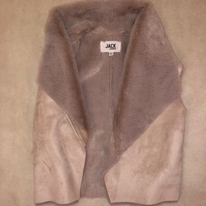 BB Dakota Faux Fur/suede blush vest